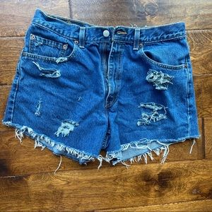 Levi's hand distressed jean shorts Sz 34 505s